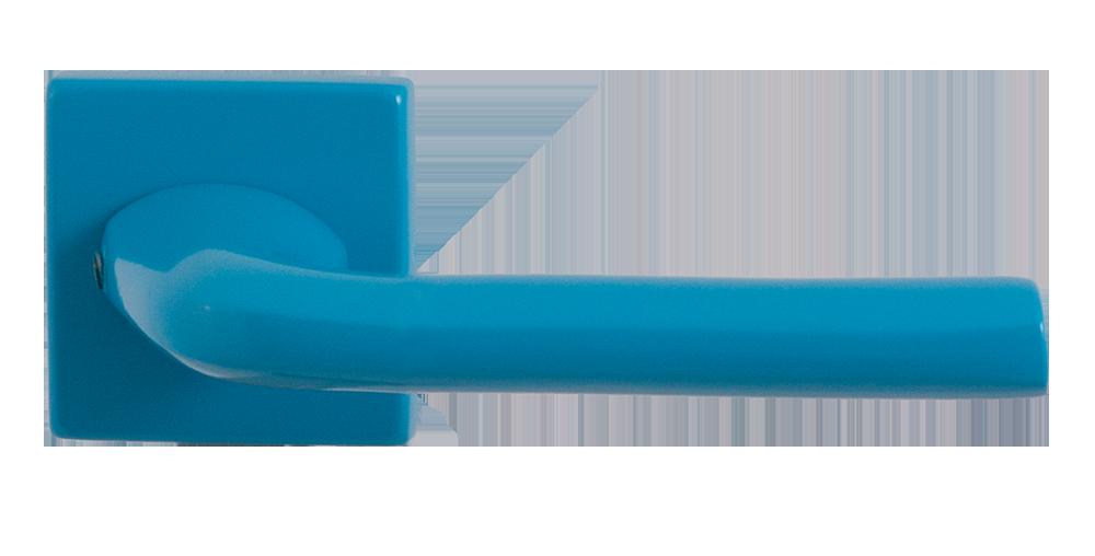 Blauwe deurkruk op vierkante rozet